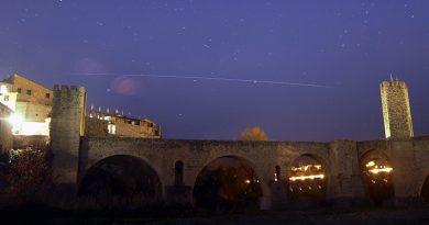 El paso de la ISS captado desde Gerona, España